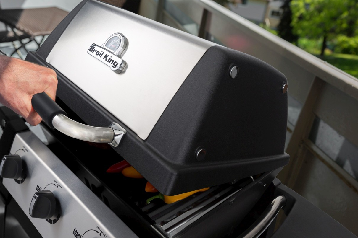 Rösle Gasgrill Porta : Broil king porta chef™ 320
